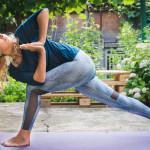 8 mituri care ar putea să te impidice să practici yoga
