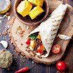 5 metode simple de a mânca sănătos și a-ți onora corpul, folosind principii yoghine