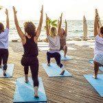 Ne poate ajuta yoga să slăbim?